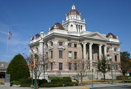 Historic Lowndes County Courthouse